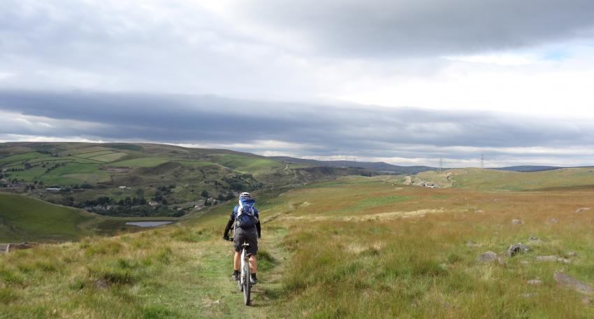 mountain biking tour pennines