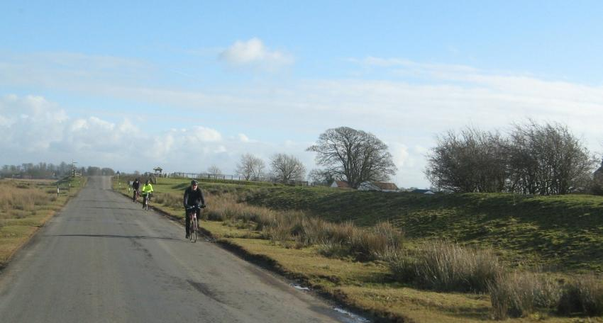 hadrians wall cycling route